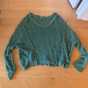 Free People green v-neck pullover sweater